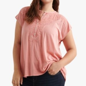LUCKY BRAND Plus Size Applique Henley Top in Red